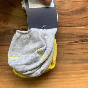Gap no show socks one size